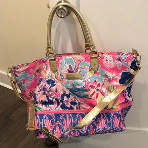 Lilly Pulitzer expandable travel bag